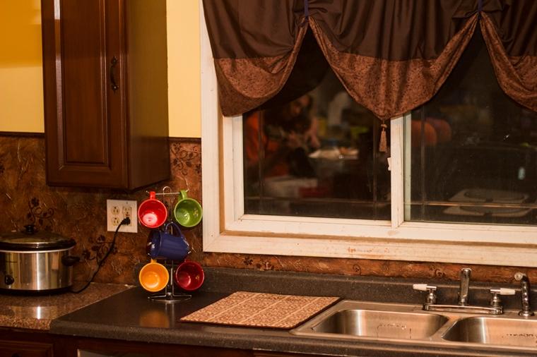 diy kitchen backsplash on a budget momsdiylife