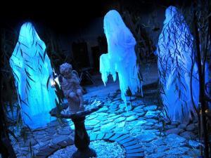 Original_Halloween-Ghosts-final_s4x3_lg